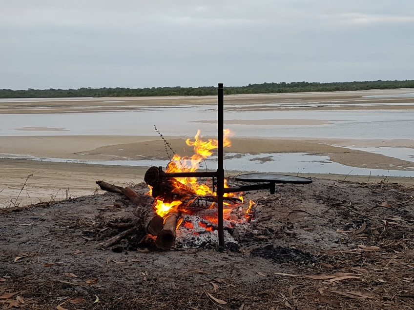 Bnks of the Jardine, camp oven dinner